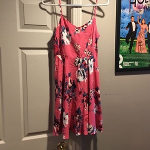 NWOT. Old Navy floral dress